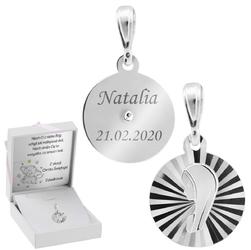 Srebrny medalik pr. 925 z wizerunkiem matki boskiej w okręgu grawer