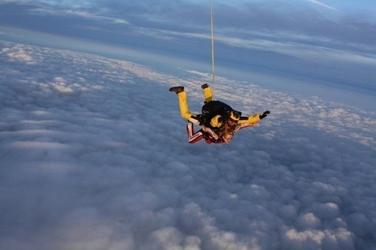 Skok ze spadochronem z wideorejestracją dla dwojga - łódź