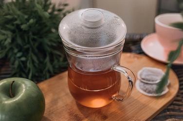 Szklany kubek 350 ml z zaparzaczem