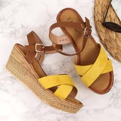 Sandały damskie na koturnie żółte s.barski