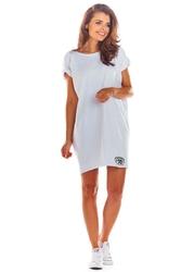 Luźna letnia biała sukienka z dekoltem v na plecach