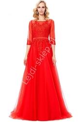 Długa czerwona suknia z gipiurą  tiulowa z długim rękawem