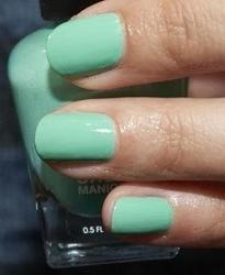 Sally hansen lakier salon complete manicure tempting taurus 102