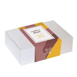 Zestaw prezentowy na wyjątkową okazję coffeebox wake up coffee. kawa ziarnista czekoladowa 200g i karmelowa 200g, uroczy kubek z nadrukiem, aronia w czekoladzie i pyszne słodycze