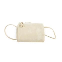 Damska torebka z naszywkami boho biała