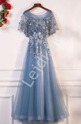 Niebieska obfita suknia tiulowa zdobiona perełkami i kwiatami 3d -388
