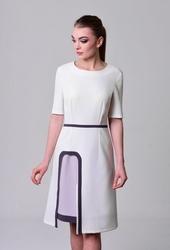 Sukienka wizytowa ledi w kolorze kremowym z krótkim rękawem