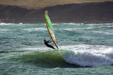 Fototapeta człowiek na desce surfingowej fp 1211