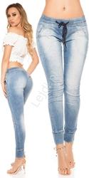 Spodnie jeansowe z zaszewkami optycznie unoszącymi pośladki 327