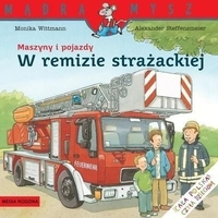 Maszyny i pojazdy. w remizie strażackiej
