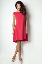 Malinowa sukienka z wydłużonym tyłem