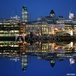 Obraz na płótnie canvas londyn panoramę miasta oświetlone w nocy