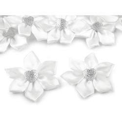 Satynowy kwiatek z koralikiem 50 mm - 10 szt.