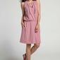 Różowa wygodna sukienka w sportowym stylu z troczkami