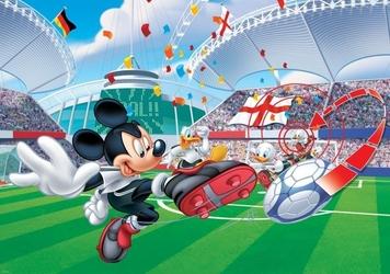 Fototapeta na flizelinie myszka miki jako piłkarz xxl