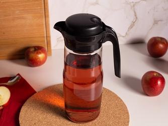 Dzbanek do wody i zimnych napojów szklany z pokrywką altom design 1,35 l czarny