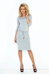 Cementowa sukienka dresowa ze ściąganym paskiem