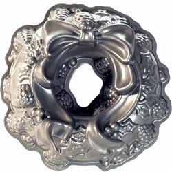 Forma do ciasta Wieniec Adwentowy Nordic Ware 85348