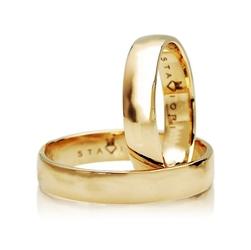 Staviori obrączka. żółte złoto 0,585. szerokość 4 mm. grubość 1,2 mm.