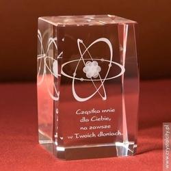 Atom 3d z twoją dedykacją • średnia statuetka 3d • grawer 3d