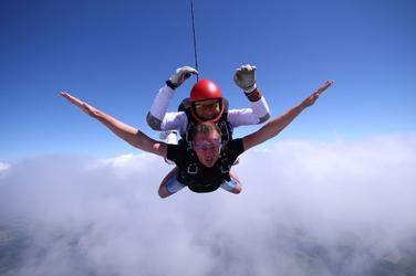 Skok ze spadochronem z wideorejestracją dla dwojga - trójmiasto