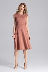 Elegancka brązowa rozkloszowana sukienka z zaznaczoną talią