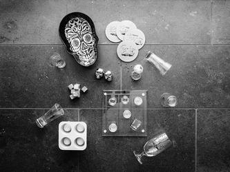 Schładzacze do whiskey stalowa czaszka sagaform 2 sztuki sf-5017624