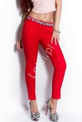 Eleganckie czerwone spodnie cygaretki