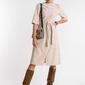 Beżowa sukienka midi z kieszeniami