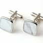 Spinki do mankietów małe kwadraty z błękitną masą perłową