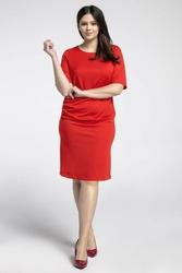 Czerwona prosta sukienka z marszczeniem plus size