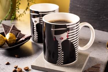 Kubek do kawy i herbaty porcelanowy altom design modern woman 300 ml, dekoracja b  zmieniająca kolor