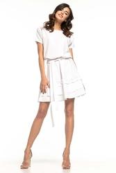 Rozkloszowana sukienka z falbankami - biała