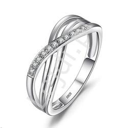 Srebrny pierścionek z cyrkoniami na prezent, zaręczyny