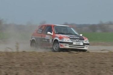 Jazda rajdowym peugeot - kierowca - poznań - 4 km