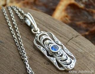 Vivian - srebrny wisiorek z szafirem i perłami