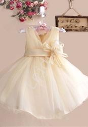 Sukienka dla dziewczynki złoto beżowa z kwiatkiem