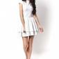 Ecru sukienka mini z falbankami wycięta na plecach