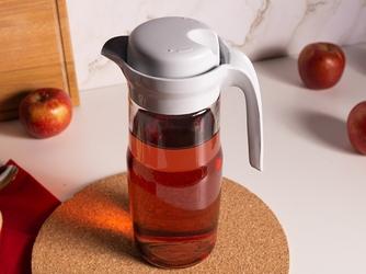Dzbanek do wody i zimnych napojów szklany z pokrywką altom design 1,35 l szary