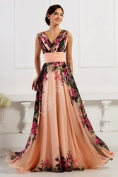 Sukienka w kwiaty koralowo różowa, kwiatowa elegancka na wesele, studniówki dla mamy