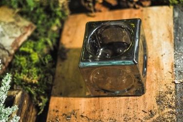 Świecznik szklany tealight h-5.5 cm