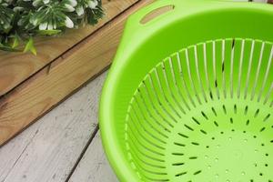 Bentom cedzak z uchwytem 23 cm - jasno zielony
