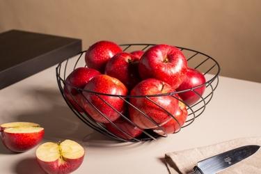 Koszyk metalowy  druciany na owoce czarny altom design skręcony 28 cm