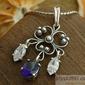 Muriwai - srebrny wisiorek z szafirem i kryształkami