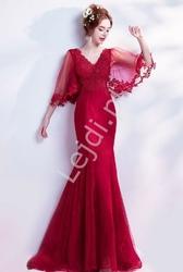 Czerwona sukienka wieczorowa z gipiurową koronką z rękawami motylkami dla mamy weselnej