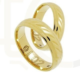 Obrączka z żółtego złota z osobliwym wzorem łl-02z-light-m