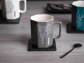 Kubek porcelanowy altom design modern ośmiokątny szary taupe dek. słoń 320 ml