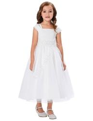 Biała sukienka z tiulu z koronką w pasie na komunie