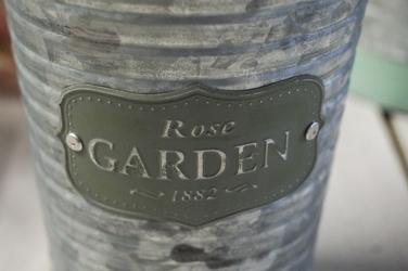 Metalowa osłonka na doniczkę rose garden okrągła 12.5 cm