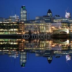 Obraz na płótnie canvas dwuczęściowy dyptyk londyn panoramę miasta oświetlone w nocy